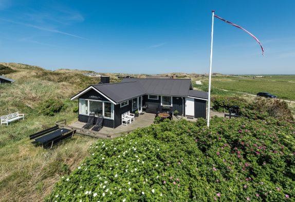 Charmantes Ferienhaus mit Kaminofen direkt an der Nordsee