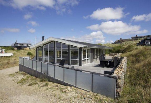 Schönes und modernes Ferienhaus nur 250 M. zum Strand