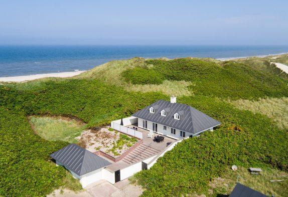Schönes Haus mit Whirlpool nur 50 Meter zum Meer