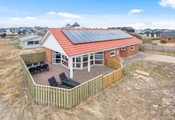 Schönes Haus mitten in Søndervig und dicht am Strand