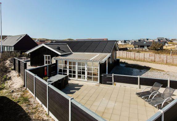 Strandnahes Ferienhaus im Herzen Søndervigs