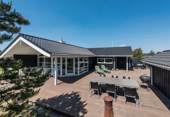Qualitätshaus mit toller Terrasse und Whirlpool