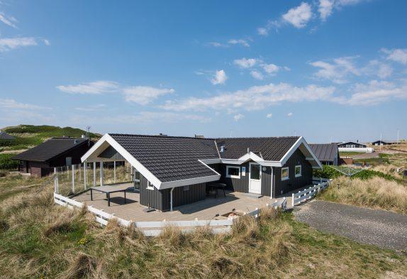 Hübsches Ferienhaus nah am Meer und Søndervig