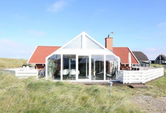 Gepflegtes Ferienhaus mit Whirlpool und Sauna